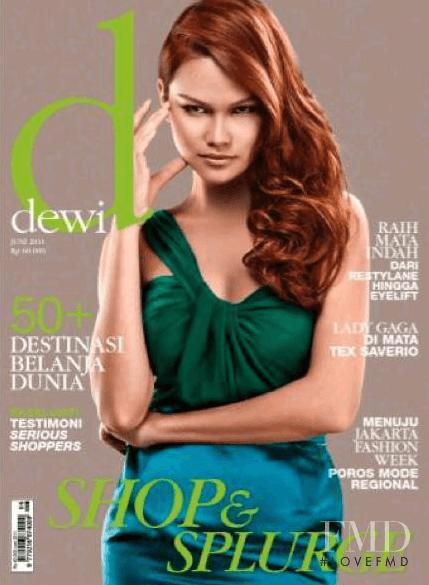 Tracy Trinita, Dewi Magazine