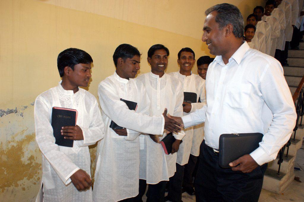 Jossy congratulates graduating pastors