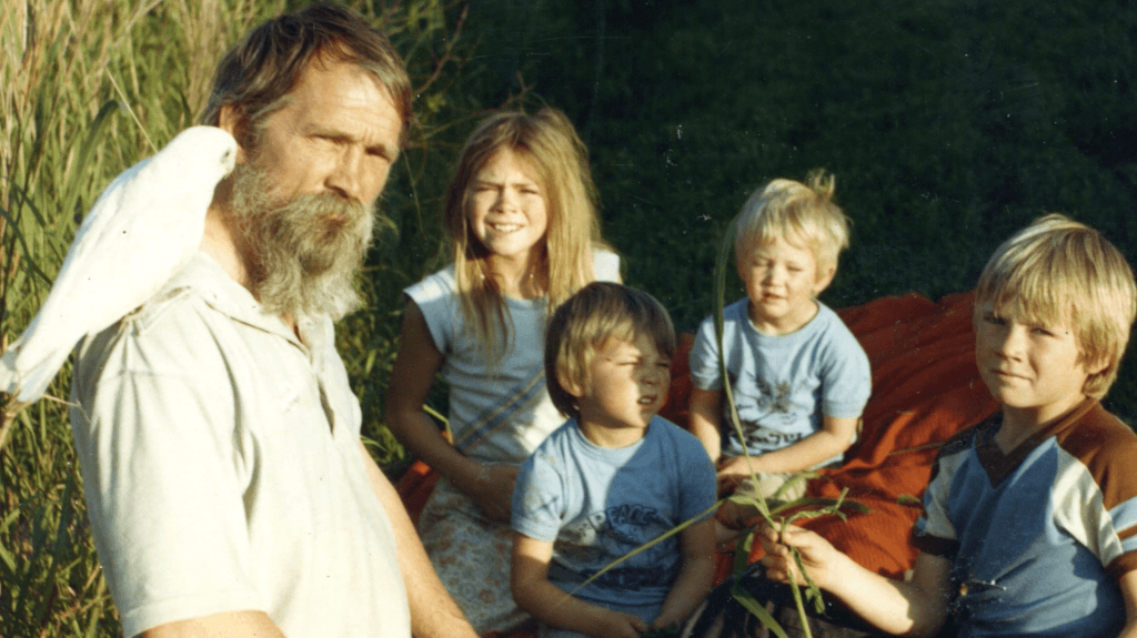 Elishaba with her father, Robert Hale, and three of her brothers