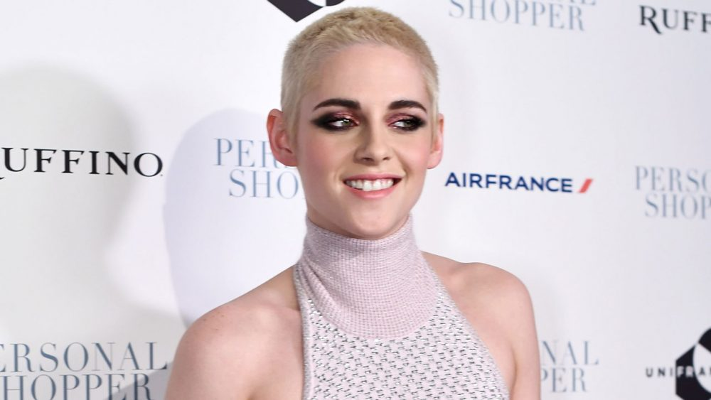 Actress Kristen Stewart shocked the media with her severe buzz cut.
