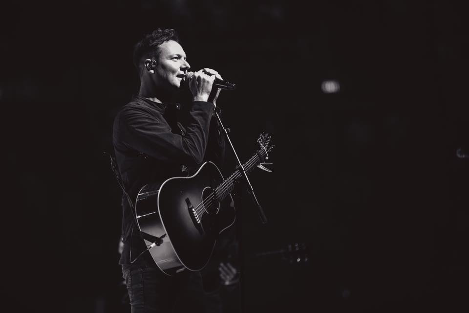 Reuben Morgan leading worship at Hillsong.