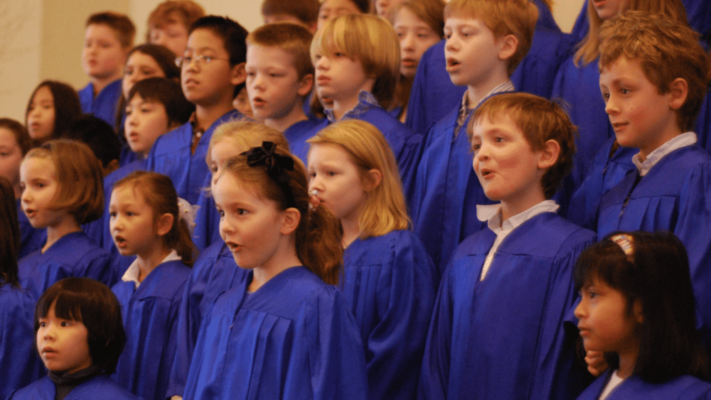 children singing choir
