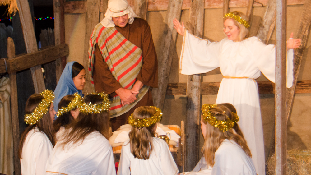 Lobethal Living Nativity in action.