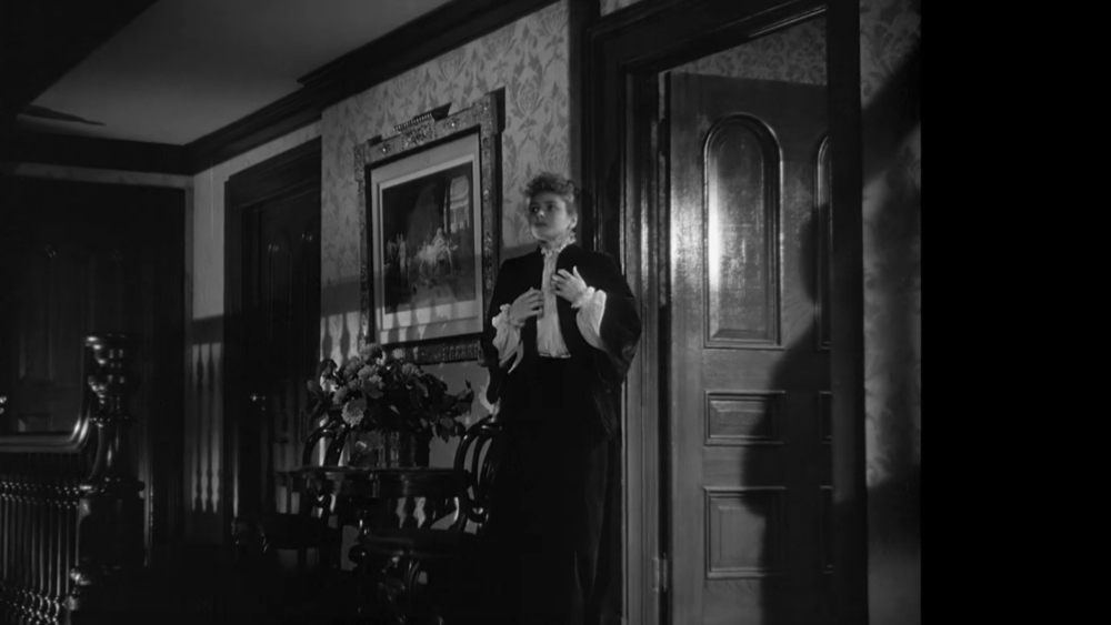 Ingrid Bergman won an Oscar for her performance in the 1944 film adaptation of Gaslight.