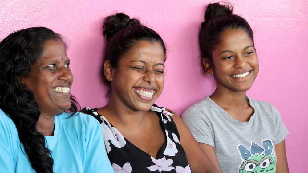 A Girl & her world work with Shiwana, her mum and her sister in Fiji.