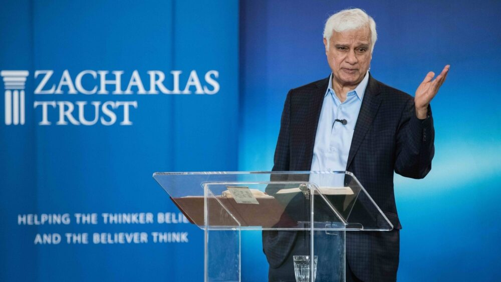 Oxford, England, 2018: Ravi Zacharias speaks to students at OCCA The Oxford Centre for Christian Apologetics.
